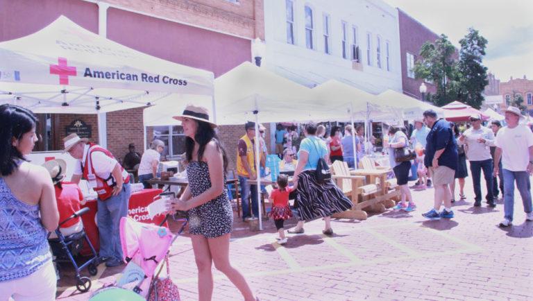 Texas Blueberry Festival Showcases East Texas Culture, Talent