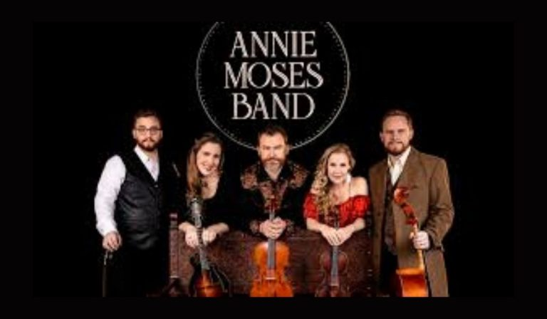 """ANGELINA ARTS BRINGS LIVE MUSIC BACK TO THE TEMPLE THEATER WITH """"THE FIRST FAMILY OF AMERICAN MUSIC"""""""