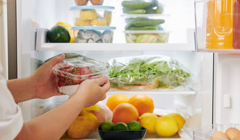 3 Easy Design Tips to Deep Clean and Organize Your Kitchen
