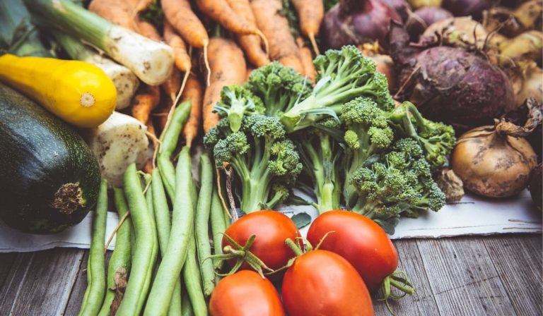 Are You Washing Your Fruits and Vegetables Correctly?